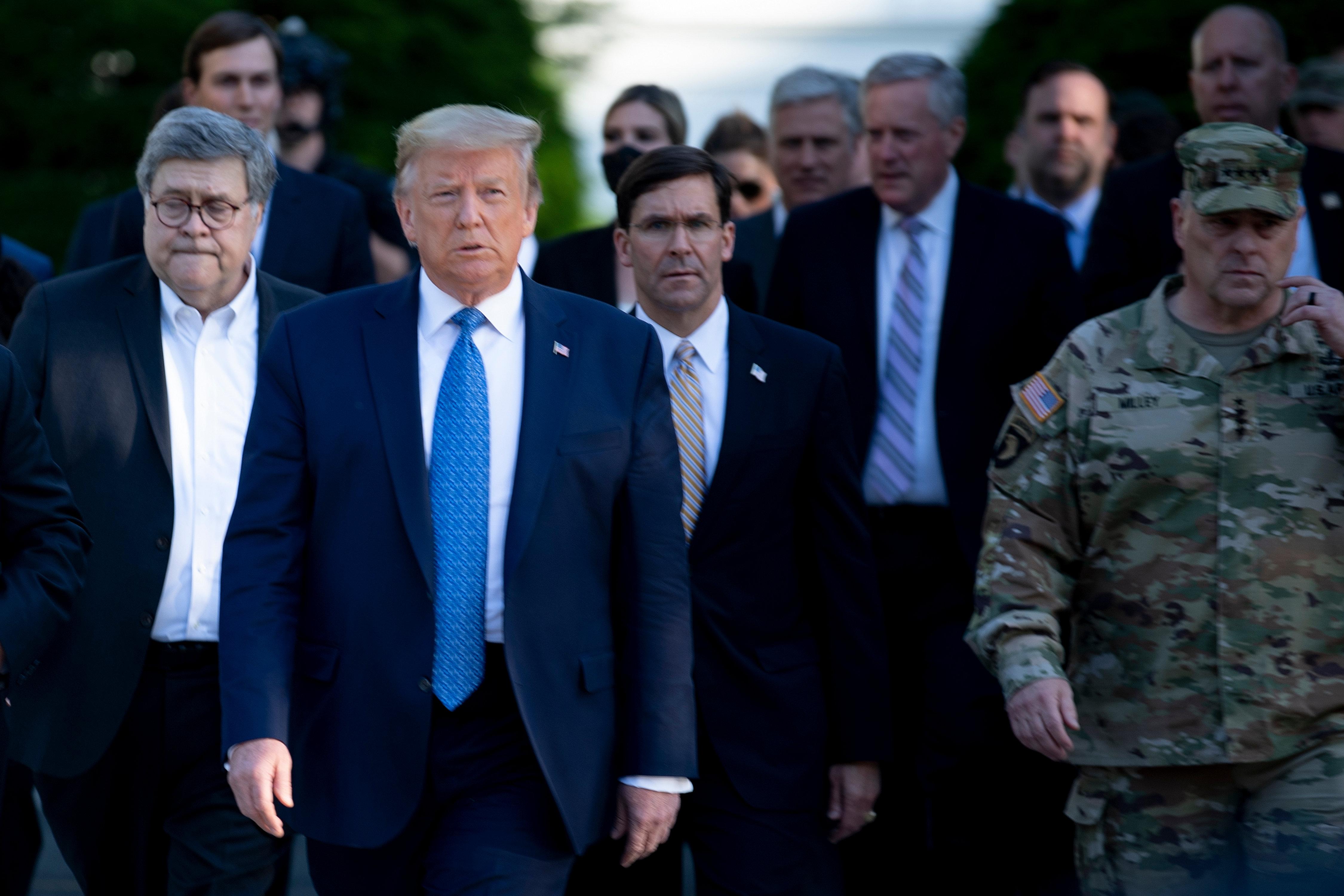 為平息暴動 特朗普往首都華盛頓調兵