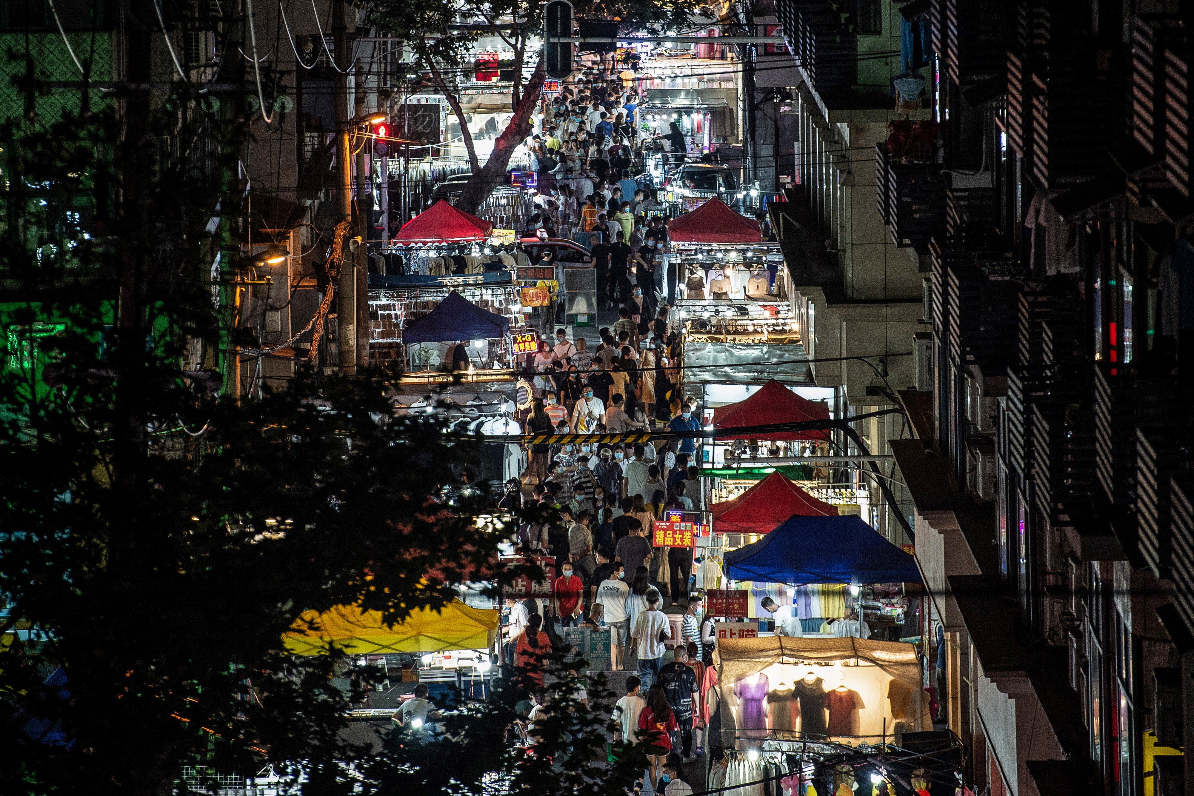 中國褐皮書:經濟走向全年衰退中
