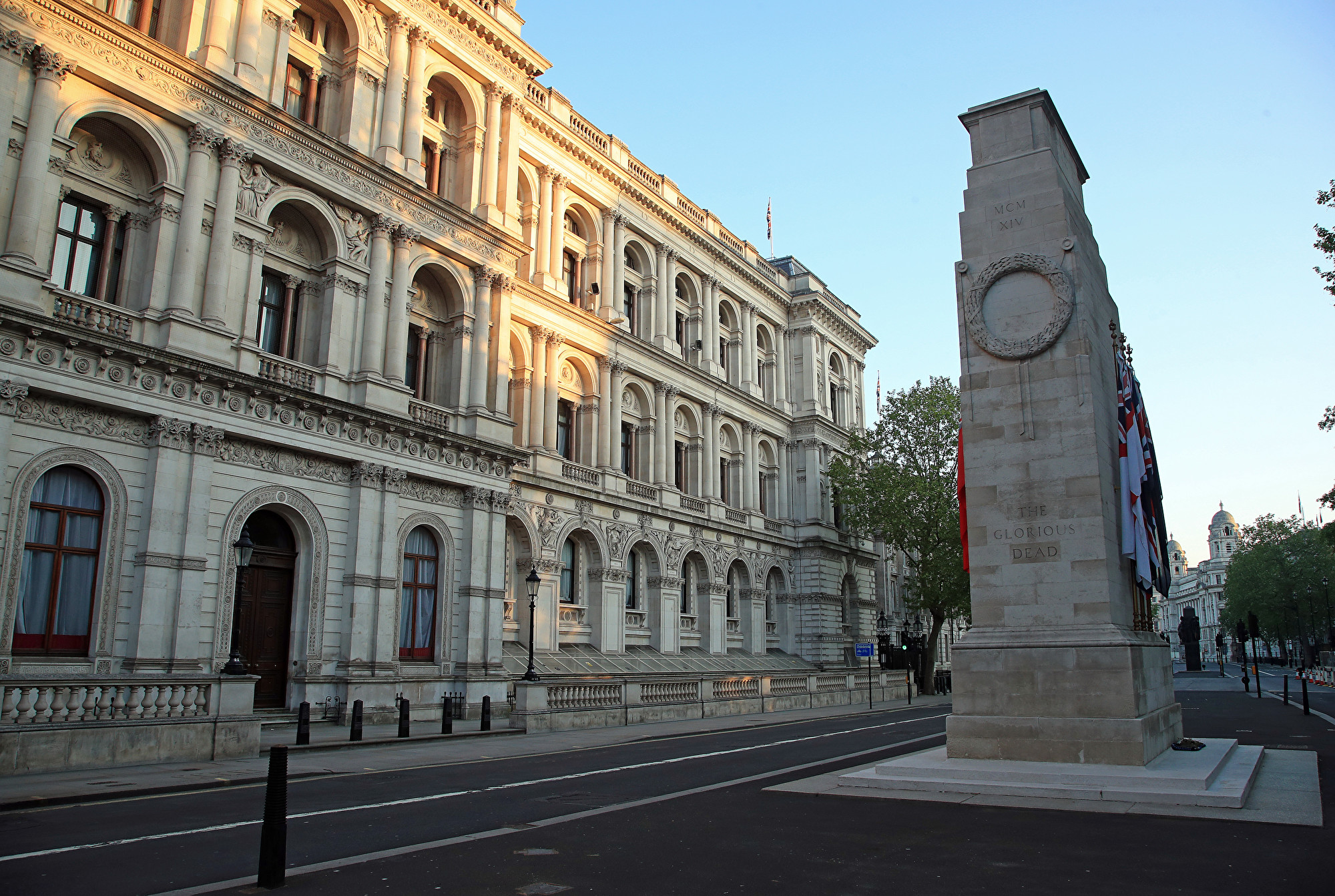 據天空新聞(Sky News)報道,一位白廳消息人士透露,英國將重新制定對華戰略。圖為英國白廳。(Andrew Redington/Getty Images)