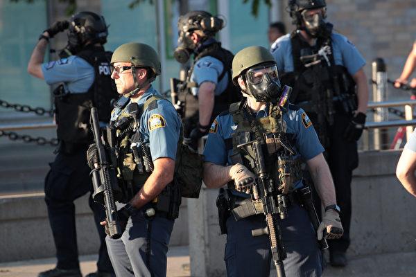 【新闻热点追踪】明州骚乱事件 川普将采用两大措施