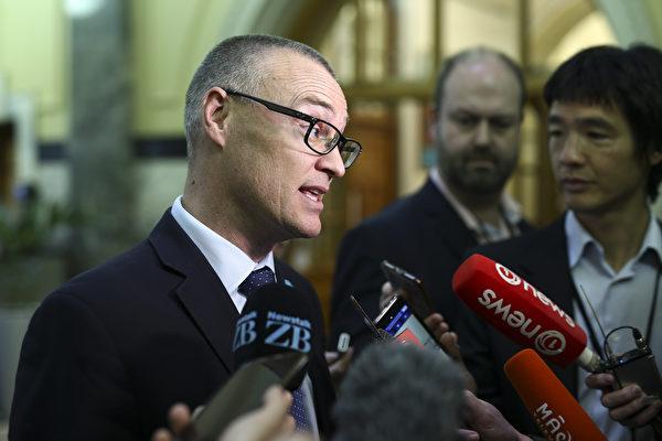 卫生部长被国家党指不称职
