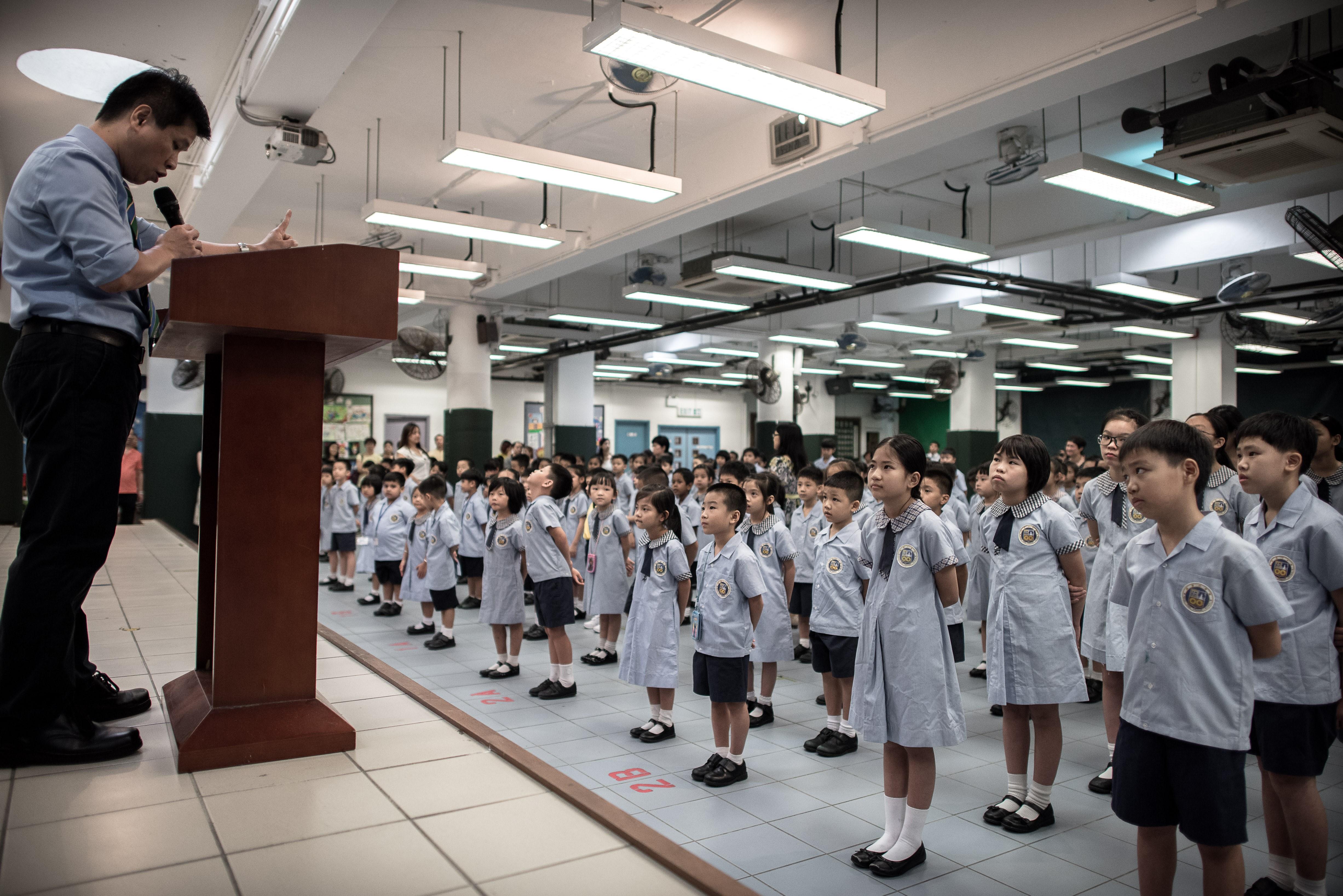 香港教育局包攬教師培訓內容 引業界反彈