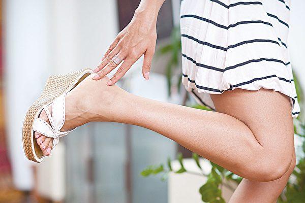 拒绝肥厚脚底 夏日趾甲保养教你拥有美足