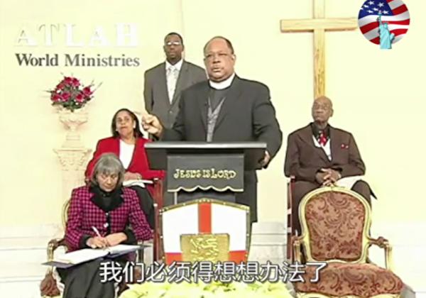 自從BLM在美國爆發暴力抗議以來,一段黑人牧師批評黑人的影片在中文網絡上流傳。(網絡截圖)