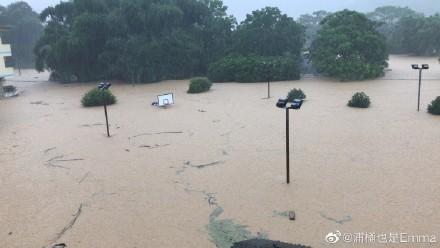 廣西壯族自治區桂林市荔浦縣雙江鎮,網友指自己家人受困。(微博網友)