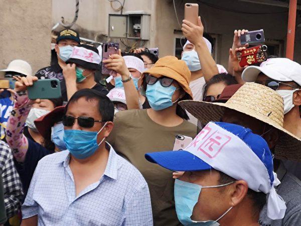 特別是在北京中共病毒疫情嚴峻時,聚眾強拆,引發民眾憤怒。(知情人提供)