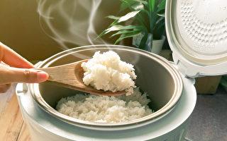 减肥不是不能吃淀粉,而是要慎选,郭育祥认为白米饭就是很好的选择。(Shutterstock)
