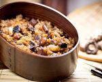 糯米不易消化,由糯米煮成的油饭,平时容易胃胀气的人要少吃。(Shutterstock)