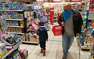 德衛生部長:購物時還要繼續戴口罩