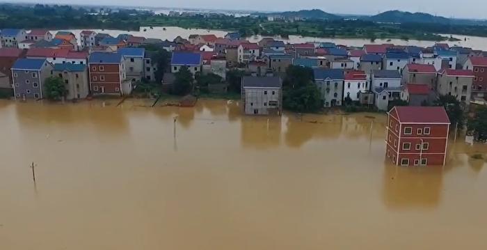 【一線採訪】鄱陽湖水倒灌圩堤決口 大水淹村