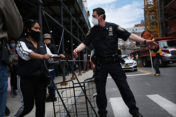 田纳西人写信撑纽约警察  内容感人推特热传