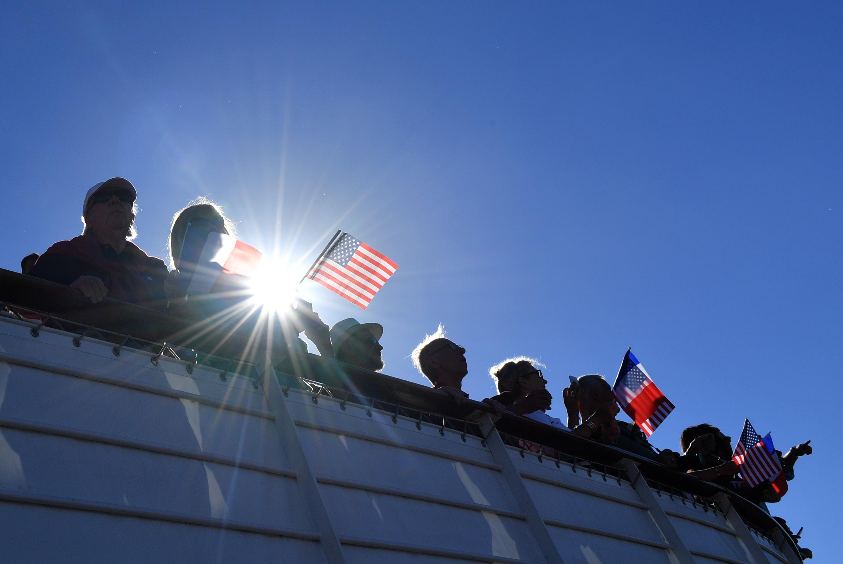 調查:美國人對中共的好感比例低至兩成