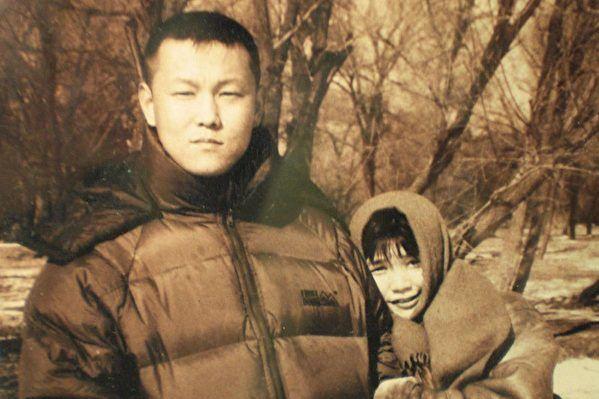 北京畫家許那被綁架 在北京看守所絕食