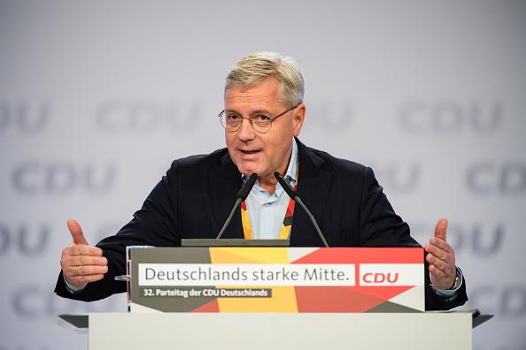 """颜丹:德国拒绝""""站队""""并非明智选择"""
