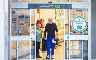 方便顧客購物 Woolworths推排隊應用程序