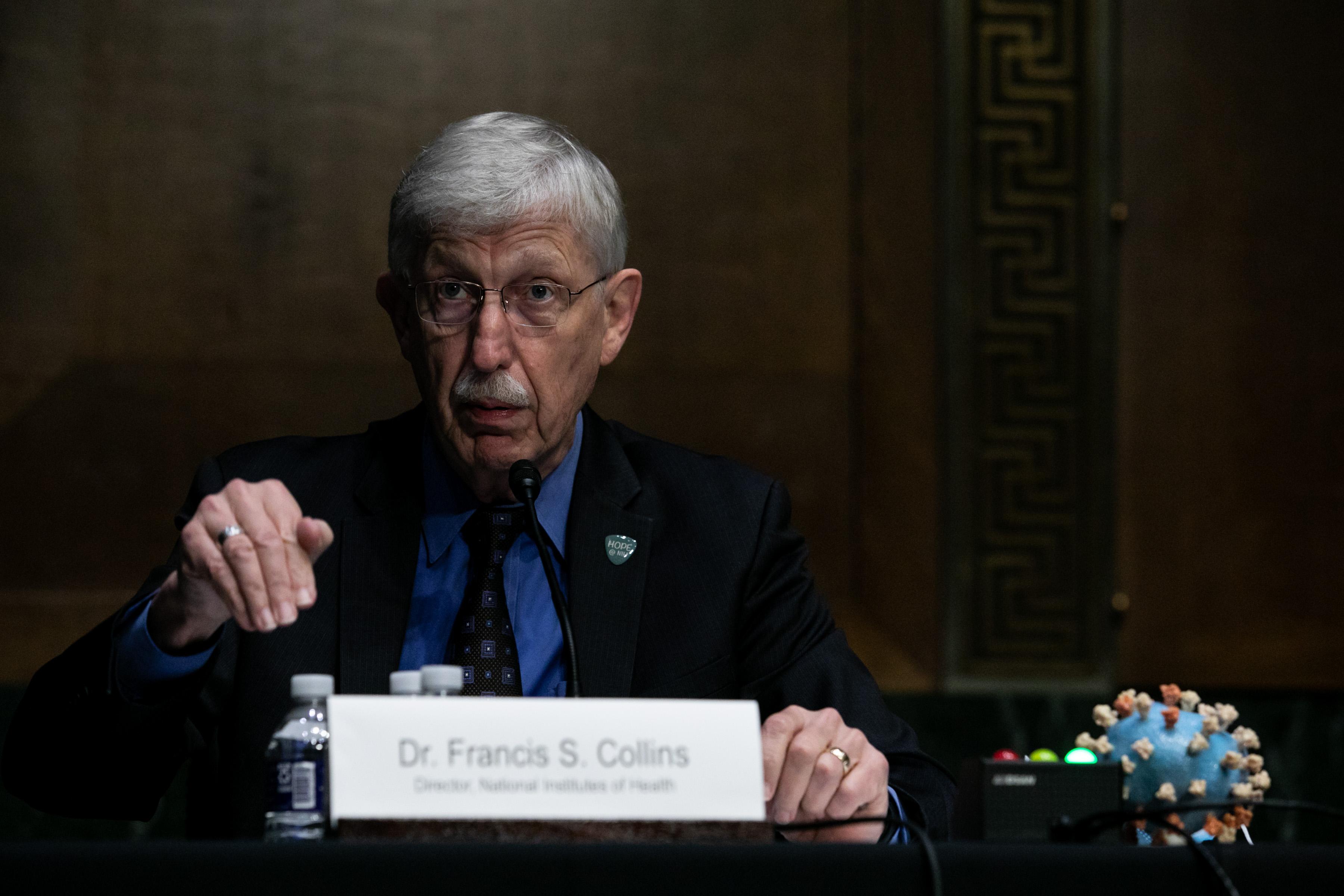 國家衛生研究院(NIH)院長弗朗西斯·柯林斯(Francis Collins)於2020年7月2日在美國參議院聽證會上就生產中共病毒(武漢肺炎)疫苗作證。(Graeme Jennings-Pool/Getty Images)