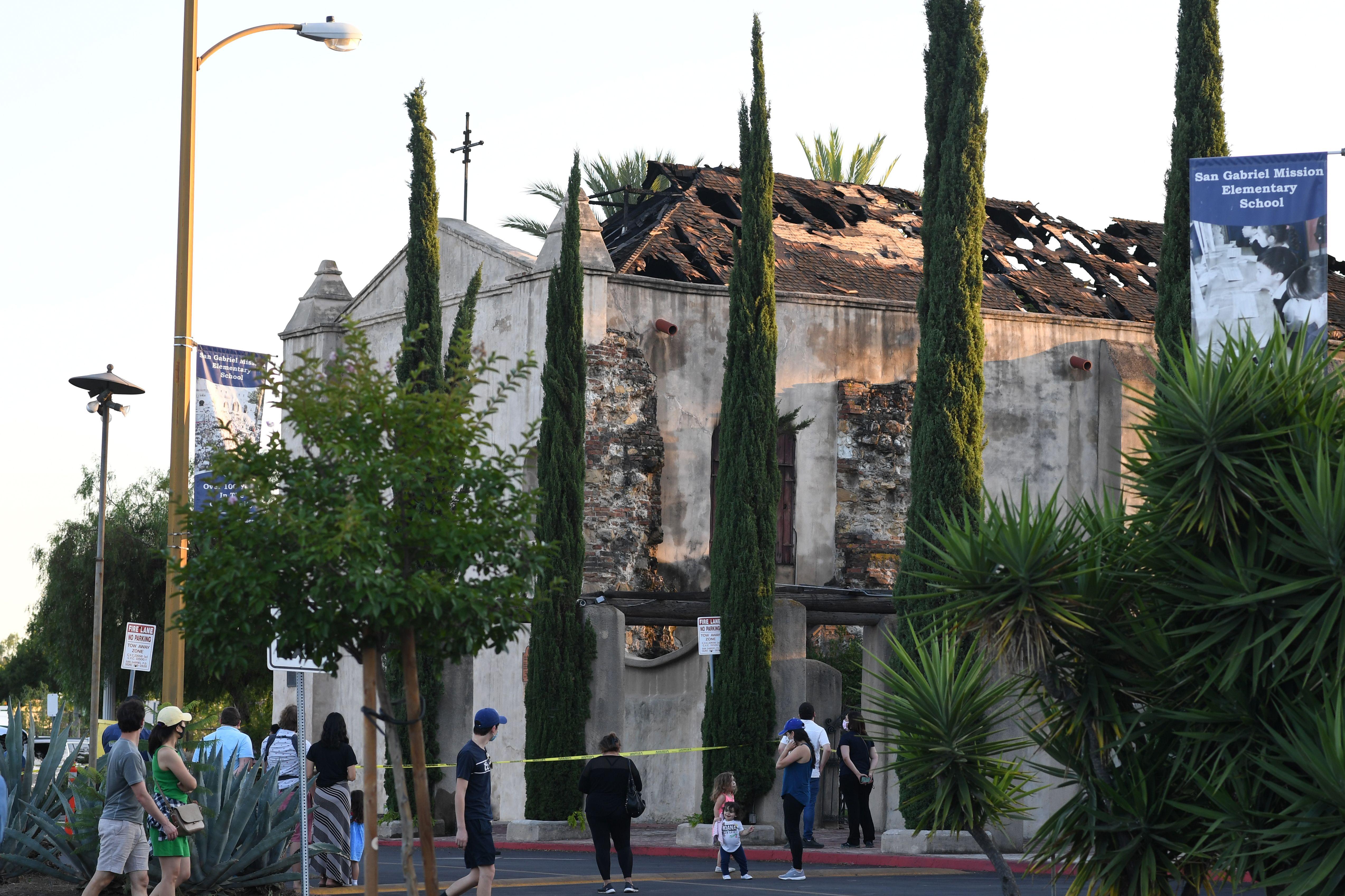 249年歷史的聖蓋博谷大教堂被燒毀