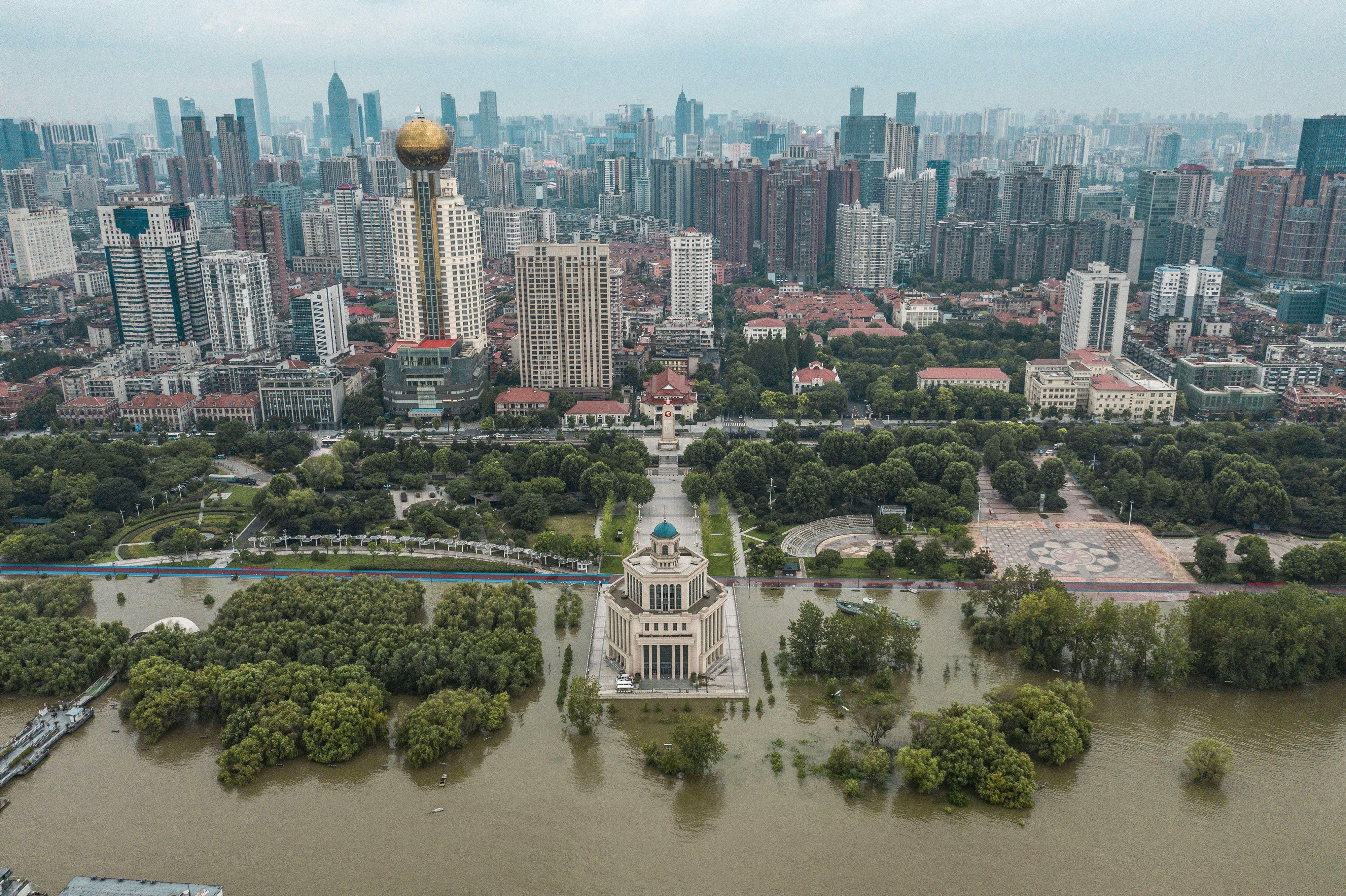 組圖:長江水位超過警戒 中國南部多處洪災