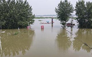 7月20日,江蘇鎮江某旅遊景點的洪水