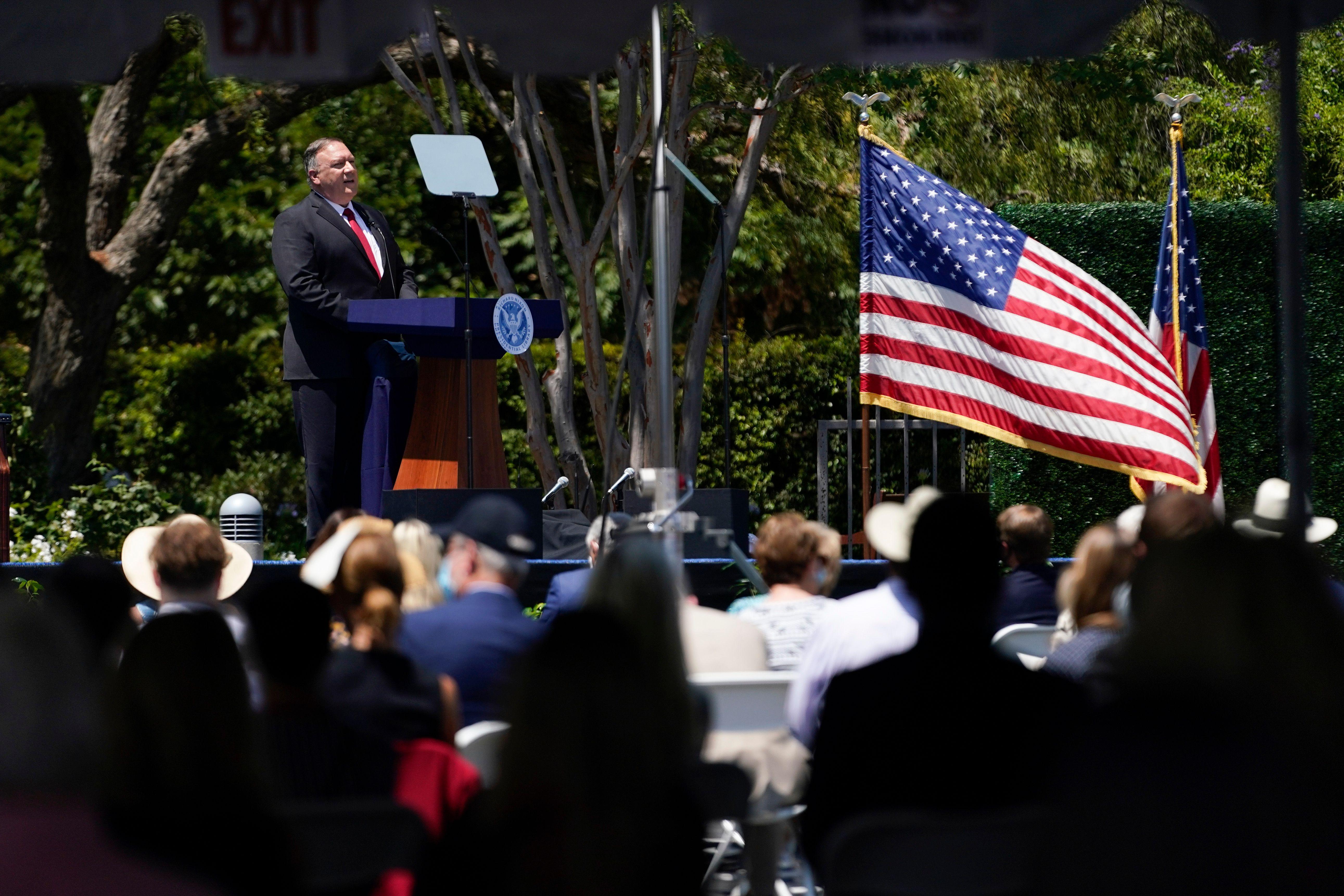 美國國務卿麥克・蓬佩奧(Michael Pompeo)周四(7月23日)在加州的理查德・尼克遜總統圖書館發表對華演講。(ASHLEY LANDIS/POOL/AFP via Getty Images)