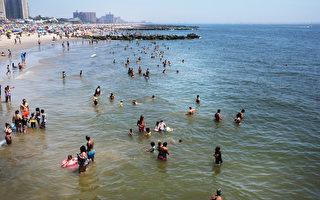 美东暴雨影响5900万人 美西周末遇高温