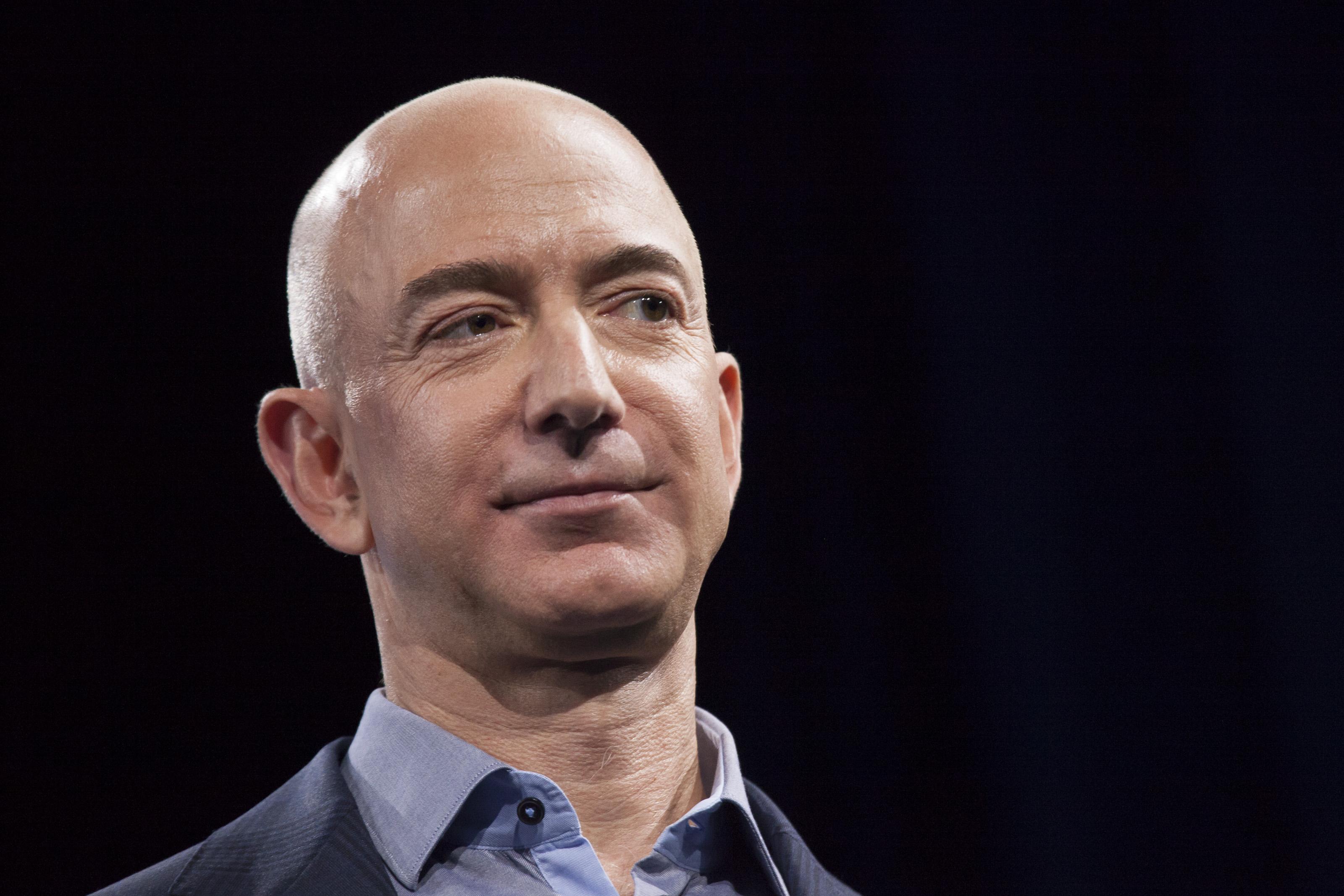 互聯網四巨頭CEO 本月底再受美國會質詢