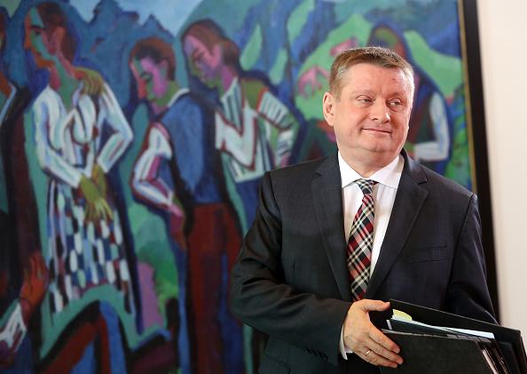 德國國會聯盟黨黨團副主席格律在內閣會議廳。此圖攝於2016年。(Adam Berry/Getty Images)