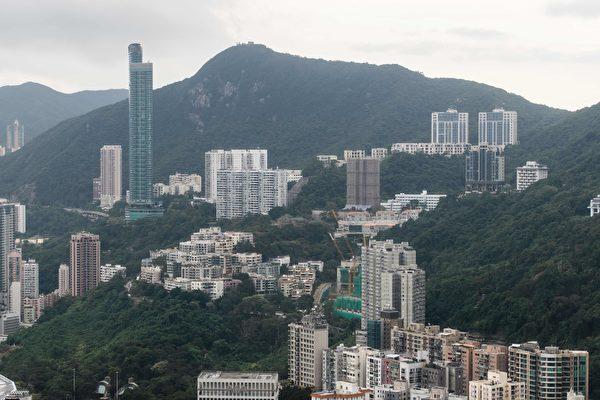 豪宅折让千万元售出 香港房产市场全面受挫