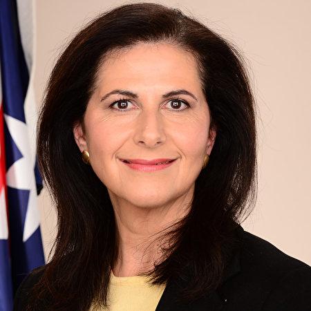 澳新州聯邦參議員Senator the Hon Concetta Fierravanti-Wells表示,她對法輪功學員遭受中共迫害的事實一直都很關注。(Liguer,Wikimedia Commons)