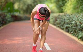 流汗过多易抽筋, 三个简单方法可以缓解抽筋。(Shutterstock)