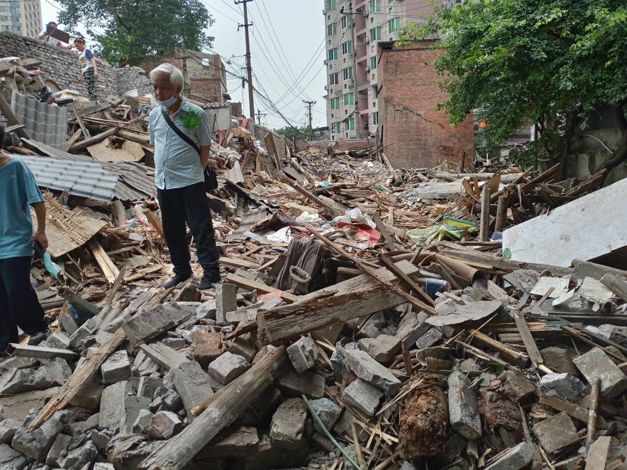 抗戰時老房被偷拆 重慶男看病回家 房不見了