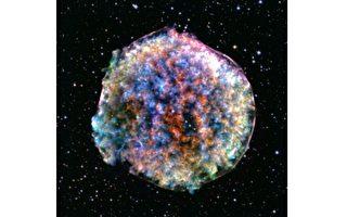 天文新发现:四个环形神秘天体