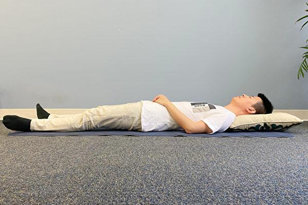 古人睡眠姿勢之:平臥法。(健康1+1/大紀元)