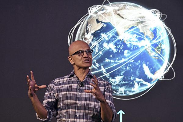 周日(8月2日),微軟公司證實,將繼續推進購買中國公司字節跳動擁有的TikTok(抖音海外版)的事宜。圖為微軟CEO納德拉。(Photo by Manjunath Kiran/AFP)