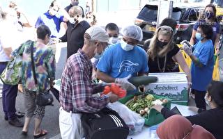 食品總管助陣法拉盛免費食物發放