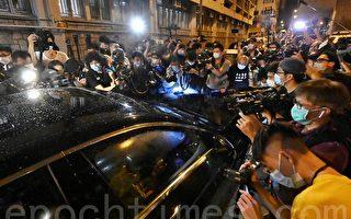 再有外国记者被拒签 外界忧香港新闻自由