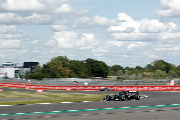 梅赛德斯车队英国车手汉密尔顿