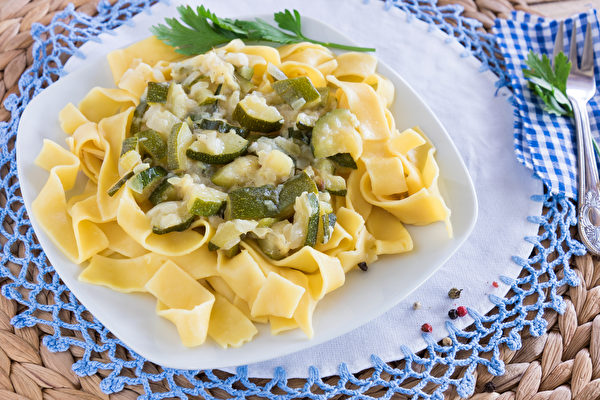 12种冷冻蔬菜烹调法 轻松料理口感佳(上)
