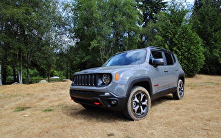 车评:与Renegade去越野 2020 Jeep Renegade Trailhawk
