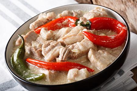 """菲律宾的味蕾旅行第一集-- Bicol Express,8月17日同步于""""菲律宾Fun松玩""""Facebook和YouTube首播。"""