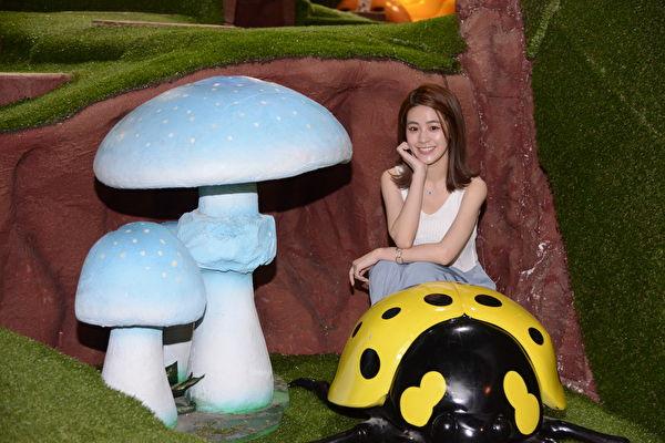 張語噥坐騎甲蟲 找回童心環遊大樹屋