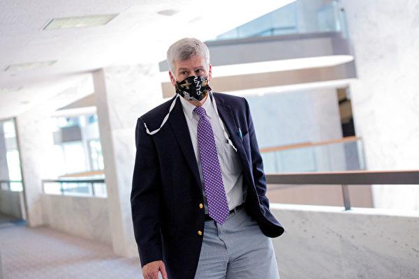 美聯邦參議員比爾·卡西迪病毒檢測呈陽性