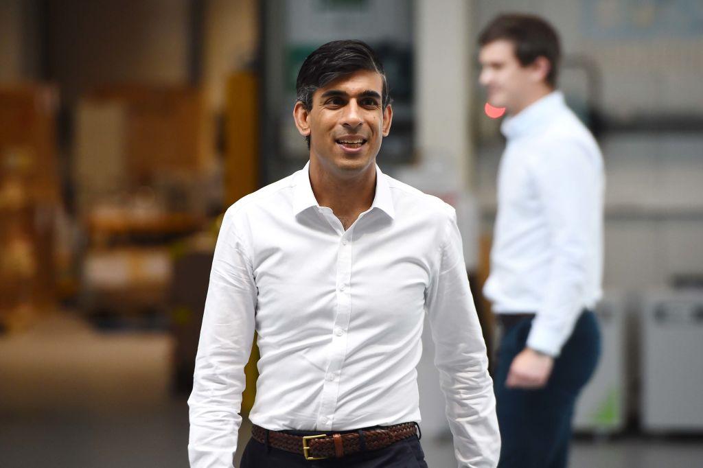 英國財長蘇納克(Rishi Sunak)表示,為了應對經濟衰退,將削減對外國的援助。(Andy Buchanan - WPA Pool/Getty Images)