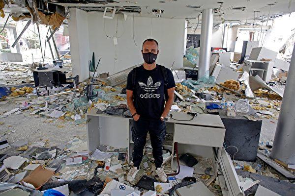 2020年8月4日發生在黎巴嫩首都的大爆炸給當地人造成巨大經濟損失。(MARWAN TAHTAH/AFP via Getty Images)