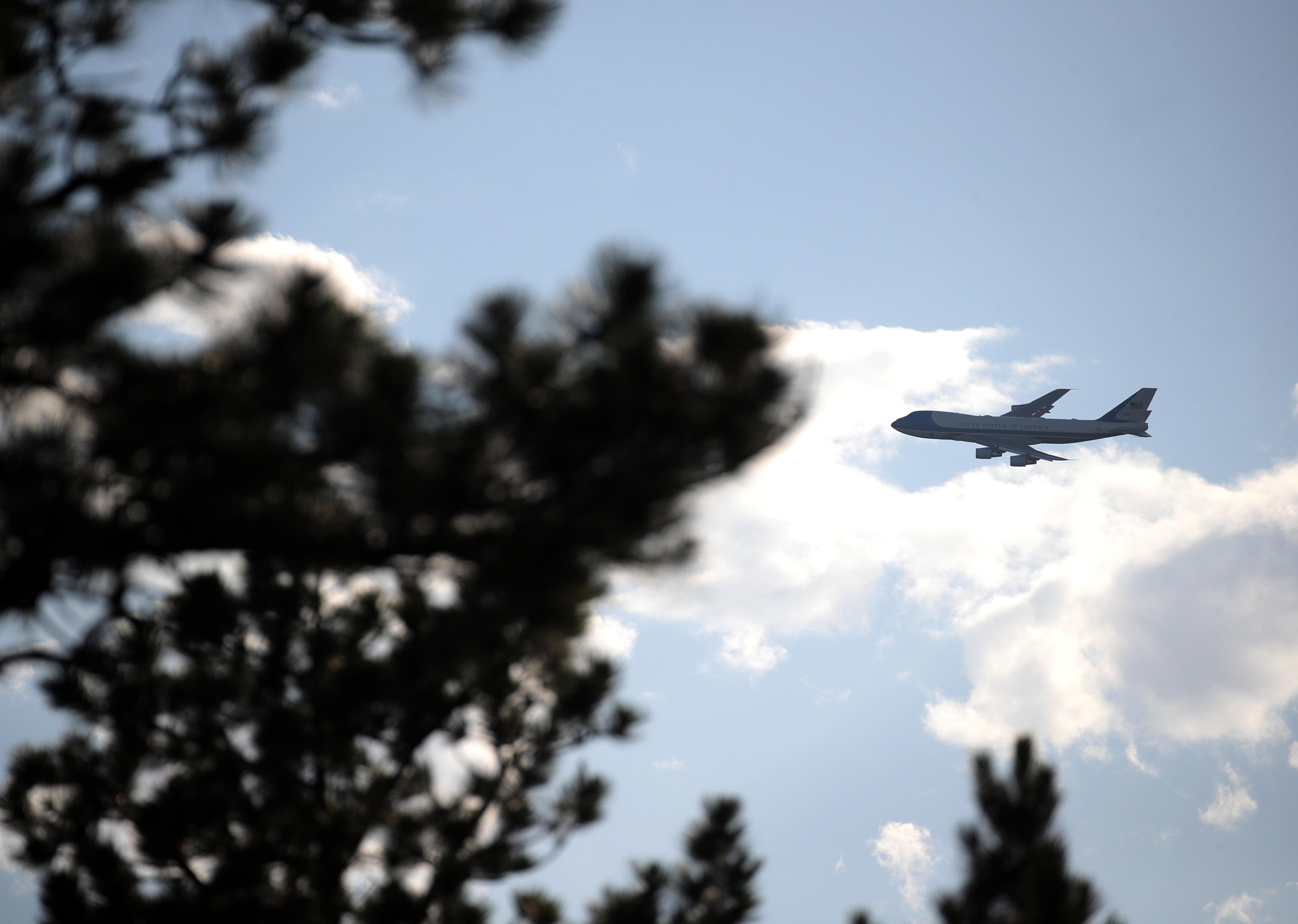 特朗普專機險遇無人機 五角大樓展開調查