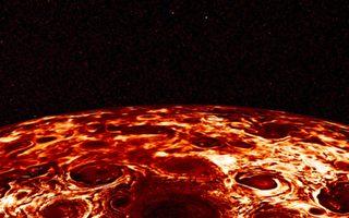 木星北極氣旋壯觀照 網友:香腸披薩?