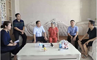 """江西领导走访的""""贫困户"""" 家中豪华装修惹议"""