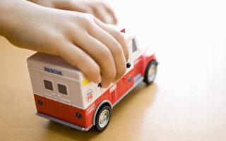 媽媽昏倒 5歲兒打「玩具救護車」上號碼救母