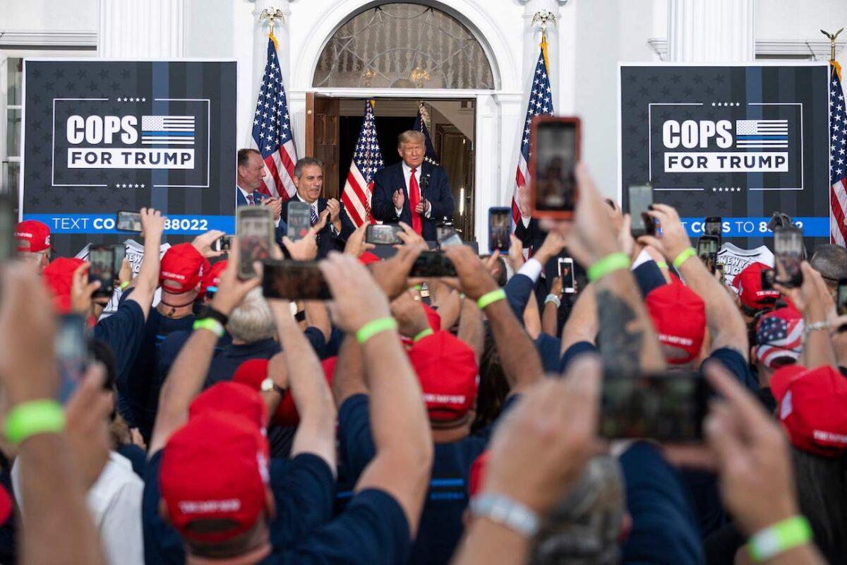 紐約最大警察工會宣佈支持特朗普競選連任