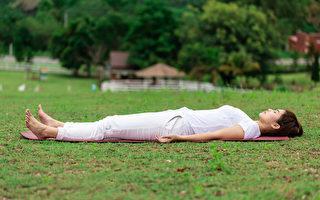 每天2個動作 讓膝蓋變年輕!躺著就能做